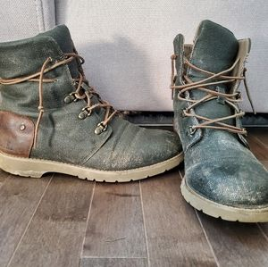 The North Face Ballad Boots